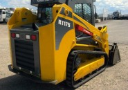 "2013 GEHL RT175 A/C CLOSED CAB TRACKED SKID STEER LOADER WITH A 4 IN 1 BUCKET ""LATE MODEL MACHINE WITH LESS THAN 170 GENUINE HOURS"""